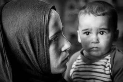 Palestinian_women_interior
