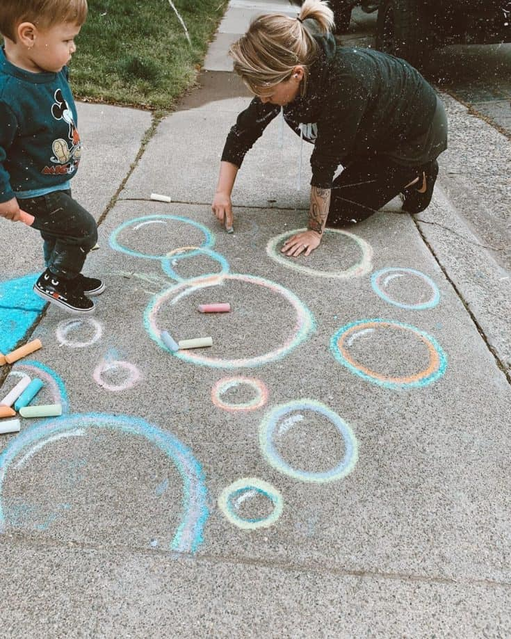 30 Easy Sidewalk Chalk Ideas that will Keep Kids Busy for Hours - Simply  Well Balanced